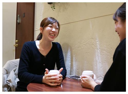 昼食中の村田 聖子